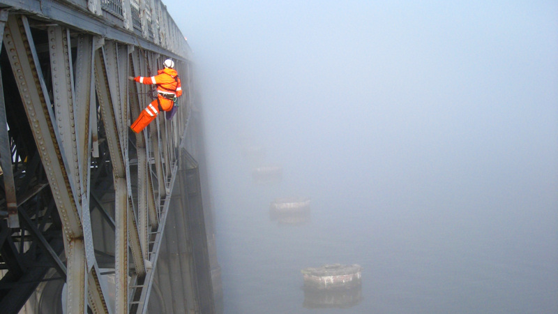 Roped access bridge examination - Tay Rail Bridge, UK